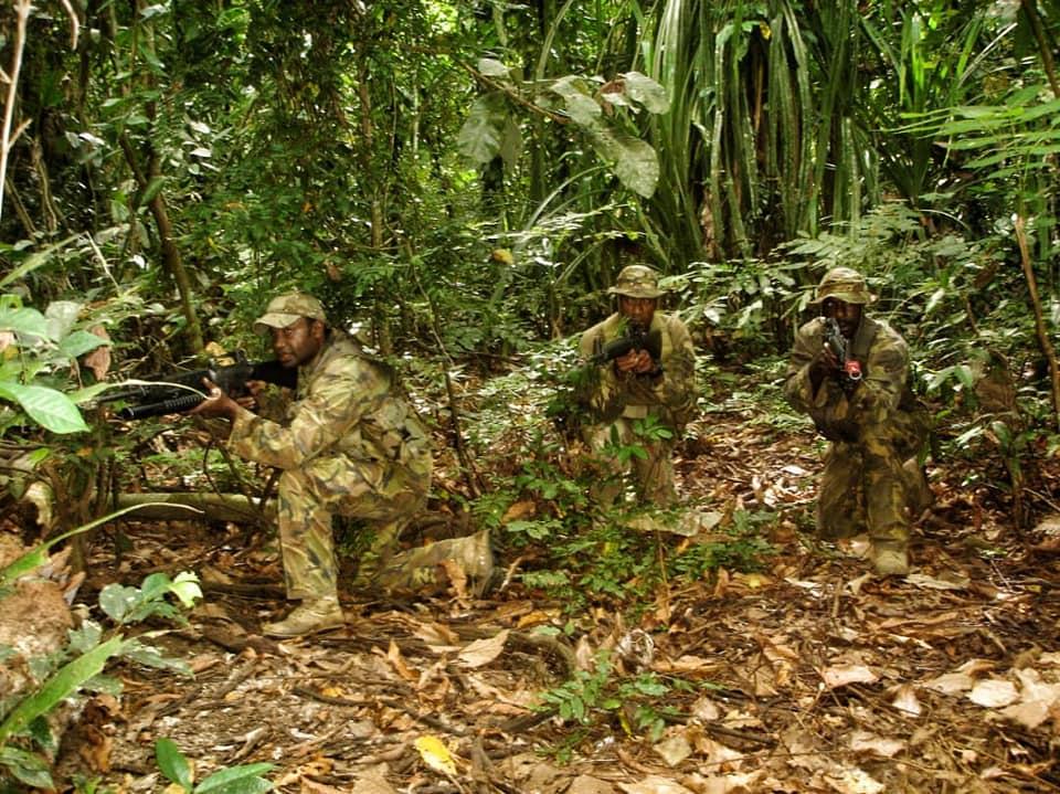 Force de défense de Papouasie Nouvelle-Guinée  / Papua New Guinea Defence Force (PNGDF) 48d20