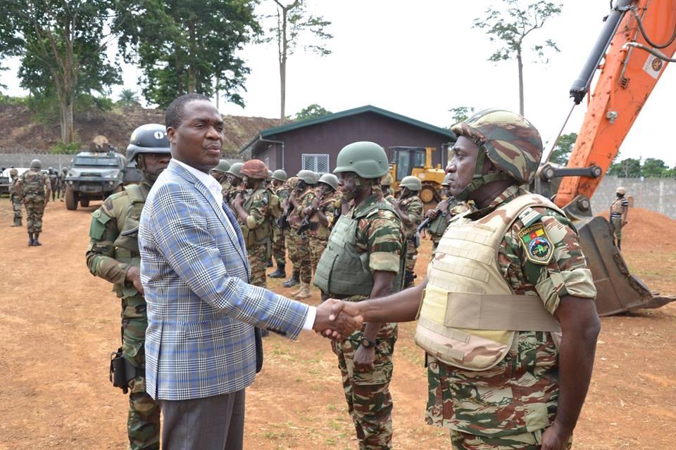 Forces Armées Camerounaises - Page 7 48e13