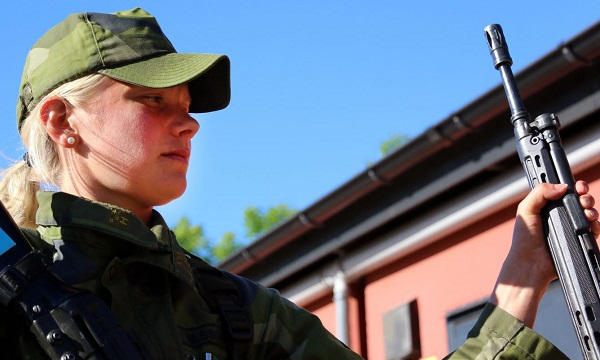 Swedish Armed Forces/Försvarsmakten - Page 13 48i35
