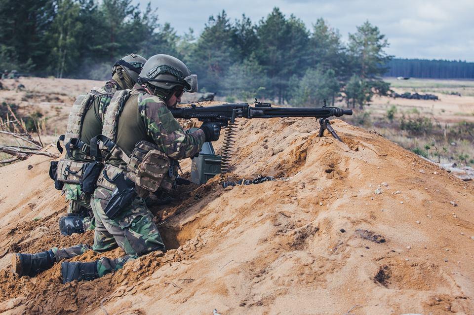 Forças Armadas Portuguesas/Portuguese Armed Forces - Page 10 48j17