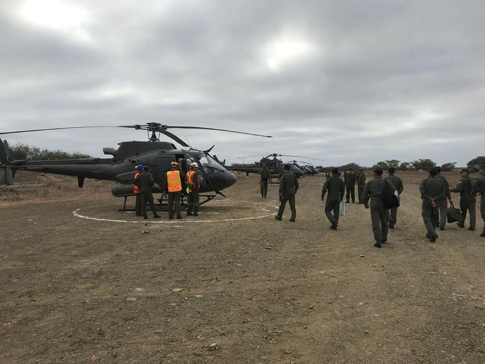 Armée Equatorienne/Fuerzas Armadas del Ecuador - Page 6 48j24
