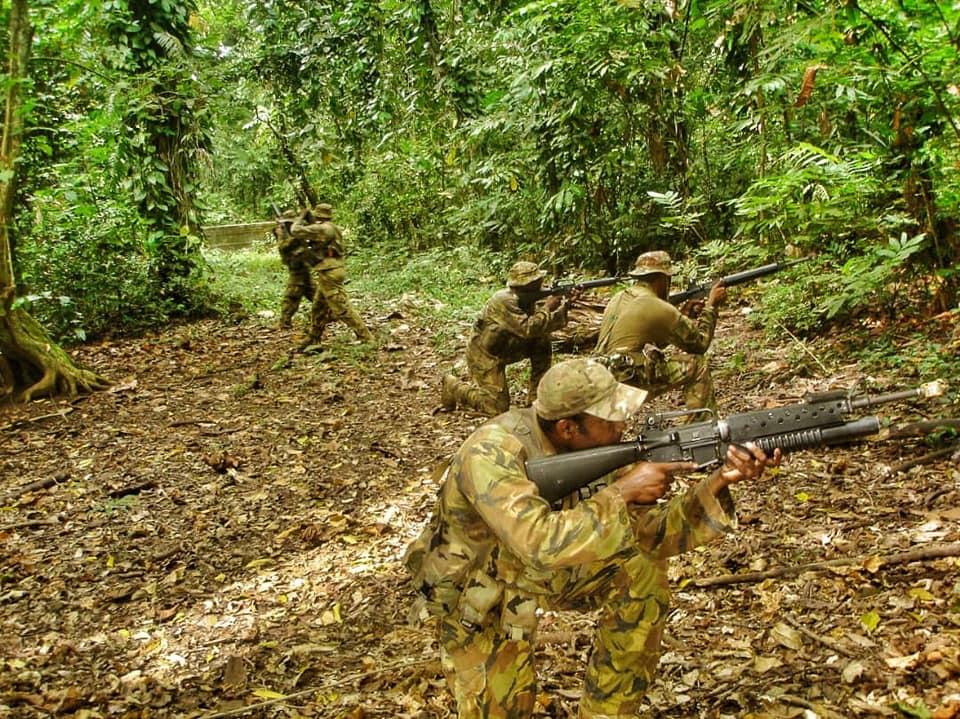 Force de défense de Papouasie Nouvelle-Guinée  / Papua New Guinea Defence Force (PNGDF) 4941