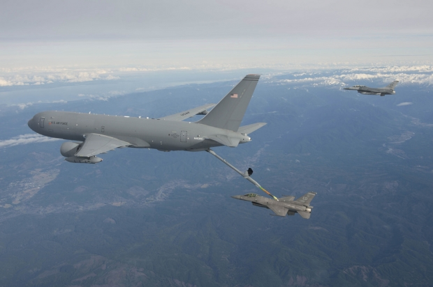Boeing  KC-46  - Page 2 4949