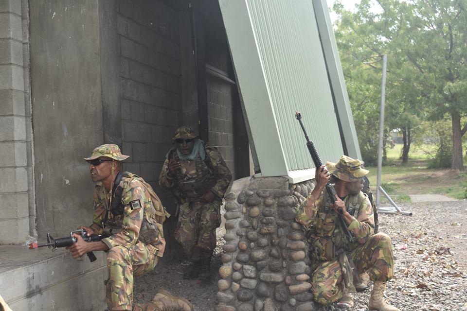 Force de défense de Papouasie Nouvelle-Guinée  / Papua New Guinea Defence Force (PNGDF) 516