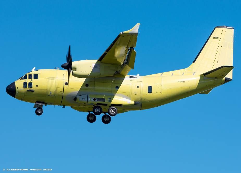 Avions de transport tactique/lourd - Page 6 6105