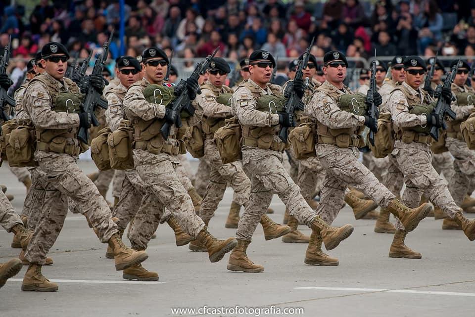 Armée Chilienne / Chile's armed forces / Fuerzas Armadas de Chile - Page 14 626