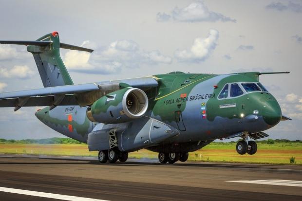 Avions de transport tactique/lourd - Page 6 640