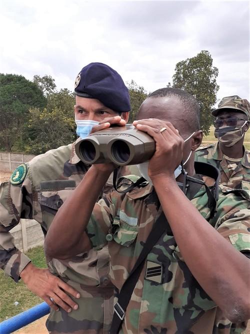 Forces Armées Togolaises / Togolese Armed Forces - Page 2 670