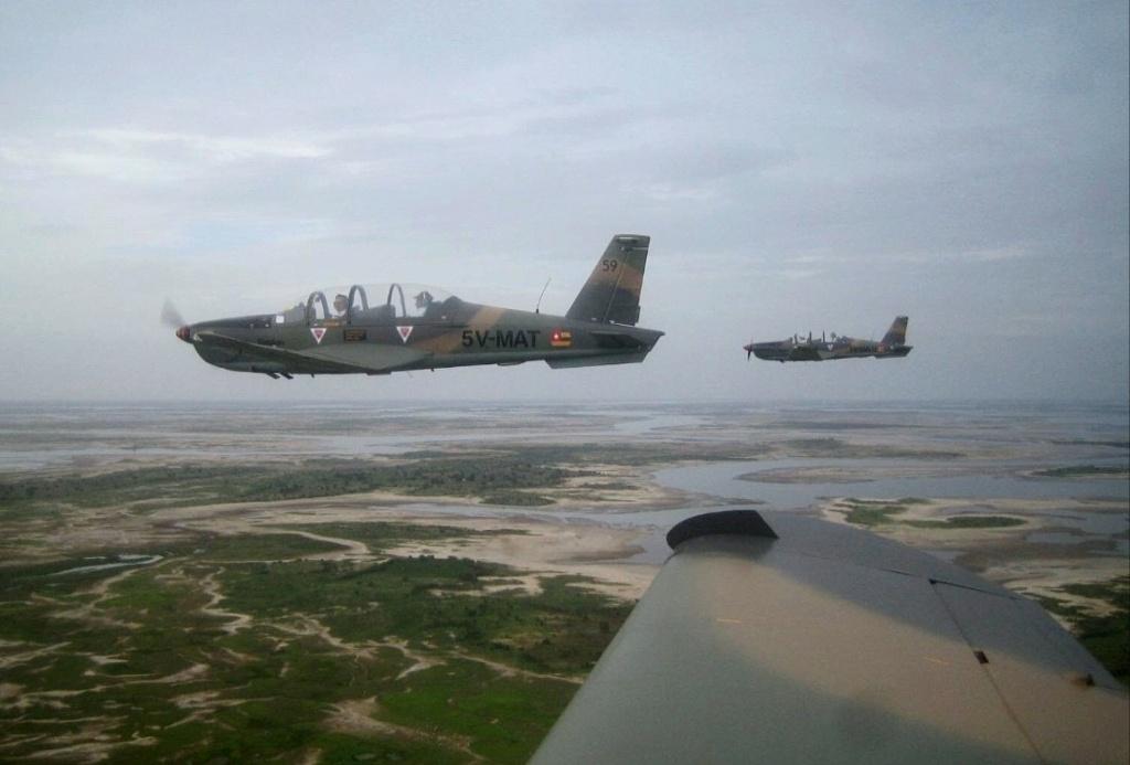 Forces Armées Togolaises / Togolese Armed Forces - Page 2 7113