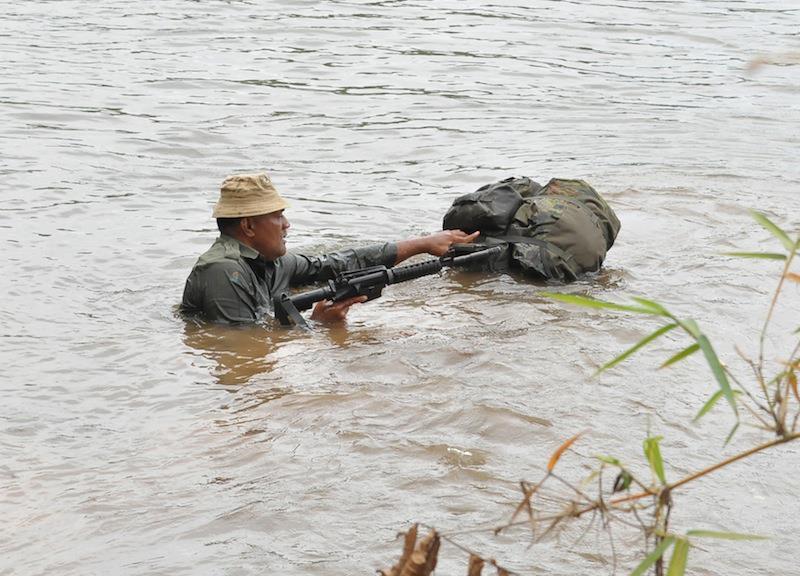 Les Forces militaires de la République des Fidji  /Republic of Fiji Military Forces (RFMF) 833