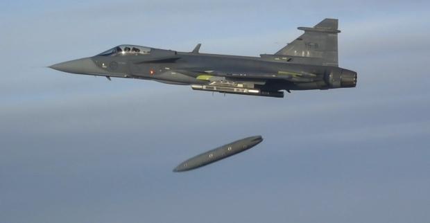 Saab: présentation du futur Gripen - Page 3 9a35