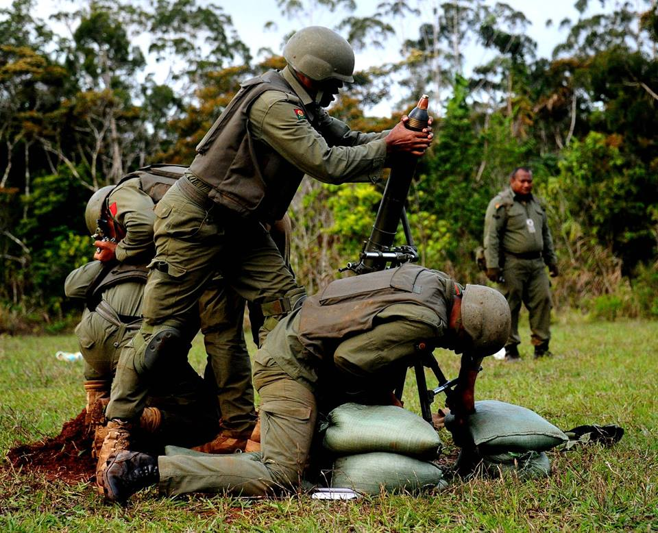 Les Forces militaires de la République des Fidji  /Republic of Fiji Military Forces (RFMF) 9a37