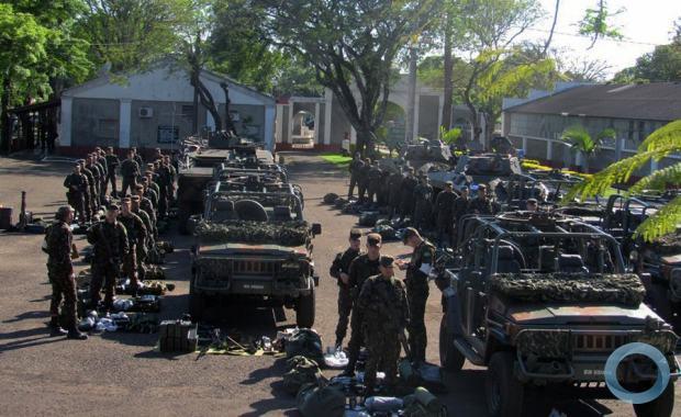 Armée Brésilienne/Brazilian Armed Forces/Forças Armadas Brasileiras - Page 34 9b17