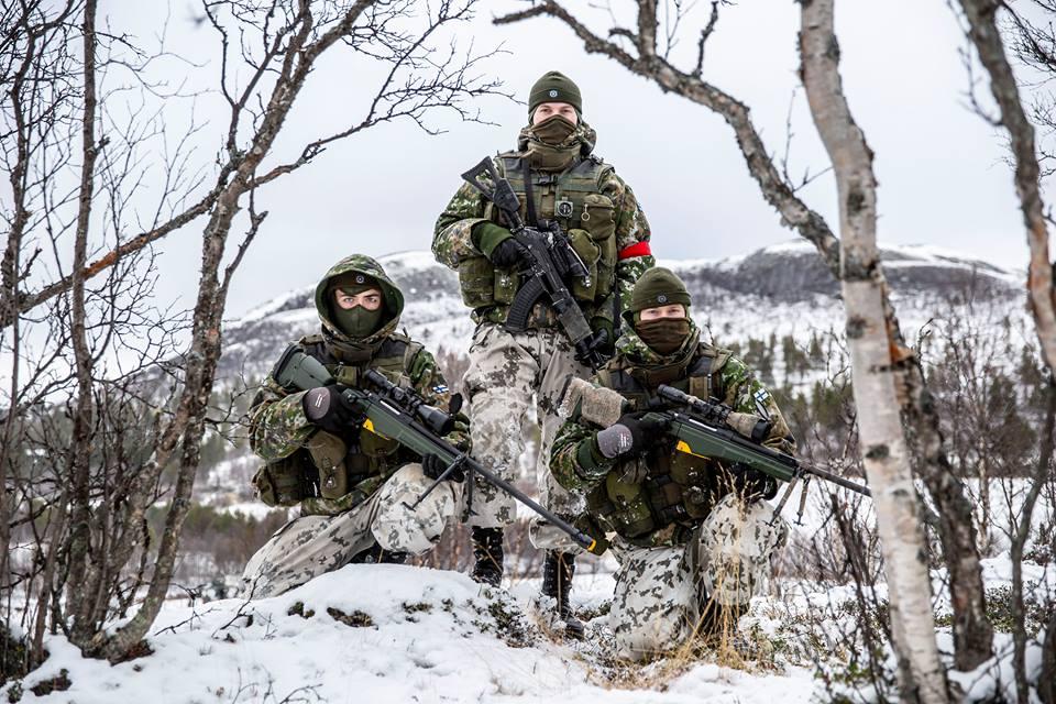 Armée Finlandaise / Finnish Defence Forces / puolustusvoimat - Page 9 9f12