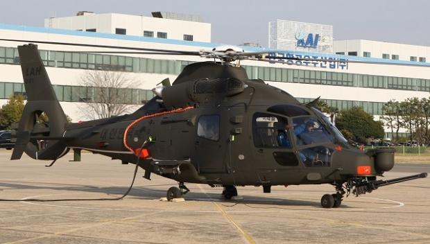 Hélicoptères de combats - Page 8 _1044