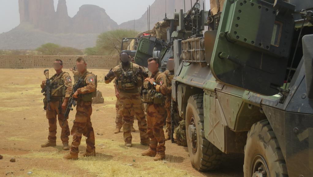 Intervention militaire au Mali - Opération Serval - Page 20 _10_t-27