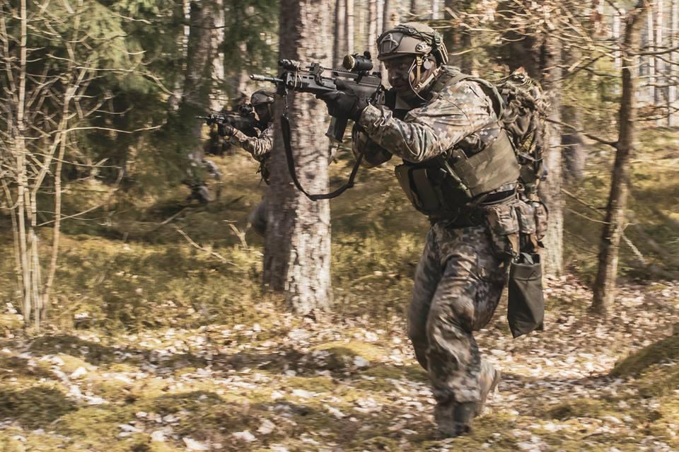 l'Armée Lettone \ Latvian Armed Forces - Page 2 _10_t-39