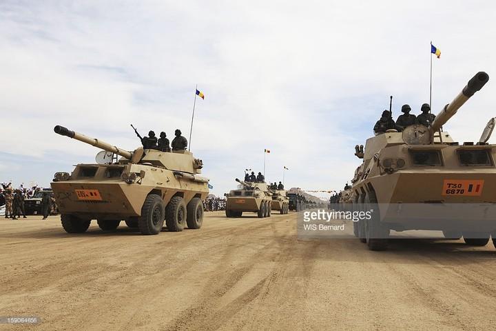 Armée Tchadienne - Page 7 _10_t-83