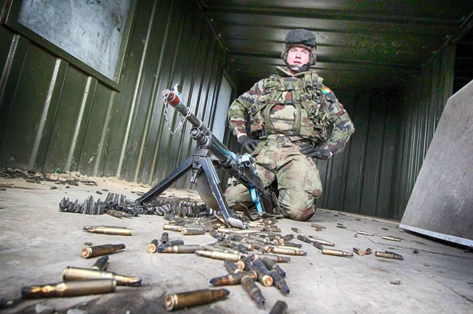 Armée Irlandaise/Irish Armed Forces - Page 3 _1110
