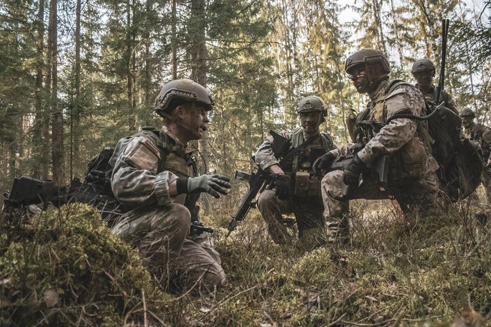 l'Armée Lettone \ Latvian Armed Forces - Page 2 _1138