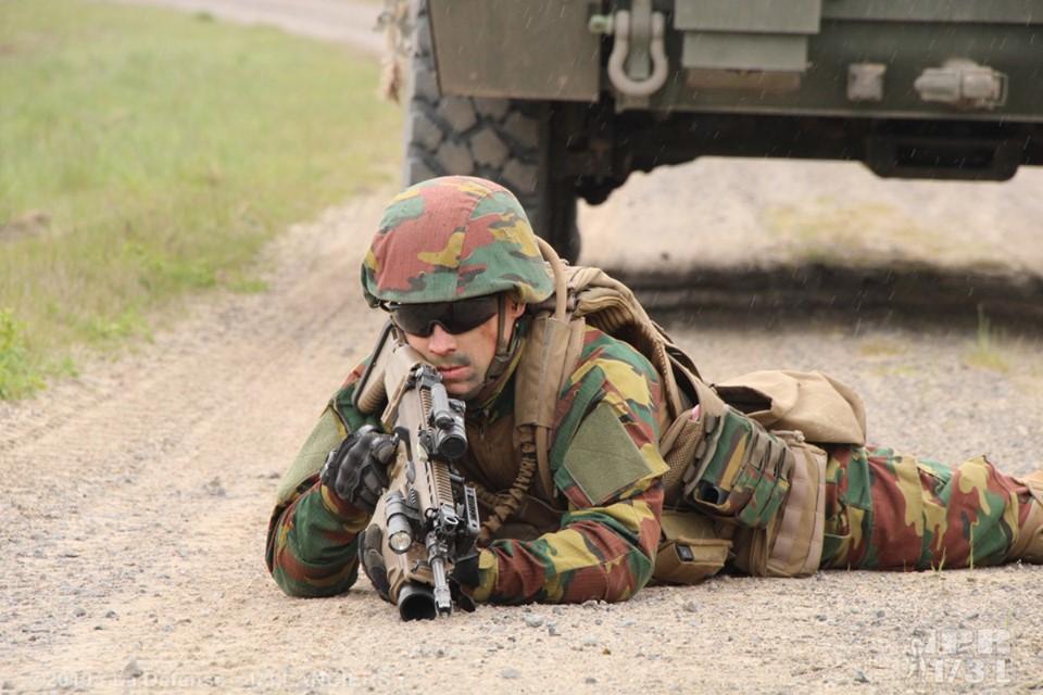 Armée Belge / Defensie van België / Belgian Army  - Page 21 _1183