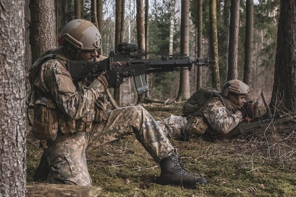 l'Armée Lettone \ Latvian Armed Forces - Page 2 _11c10