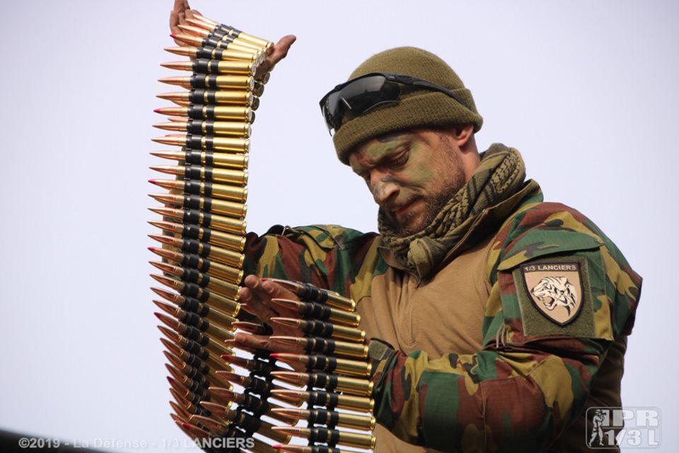 Armée Belge / Defensie van België / Belgian Army  - Page 21 _11ejp28
