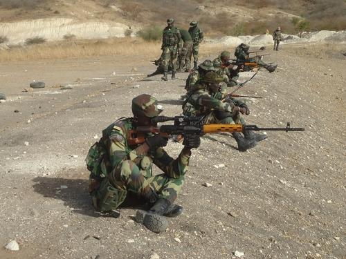 Armée Sénégalaise - Page 10 _11ejp45