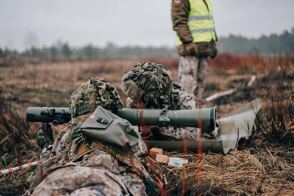 l'Armée Lettone \ Latvian Armed Forces - Page 2 _11ejp63