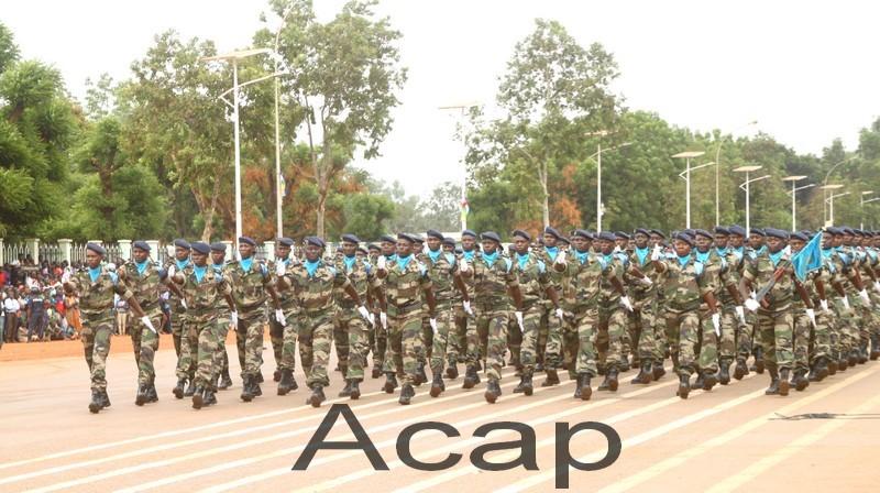Armées de la République centrafricaine  - Page 9 _11ejp64