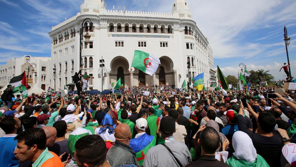 Actualités Algeriennes - Page 33 _1280