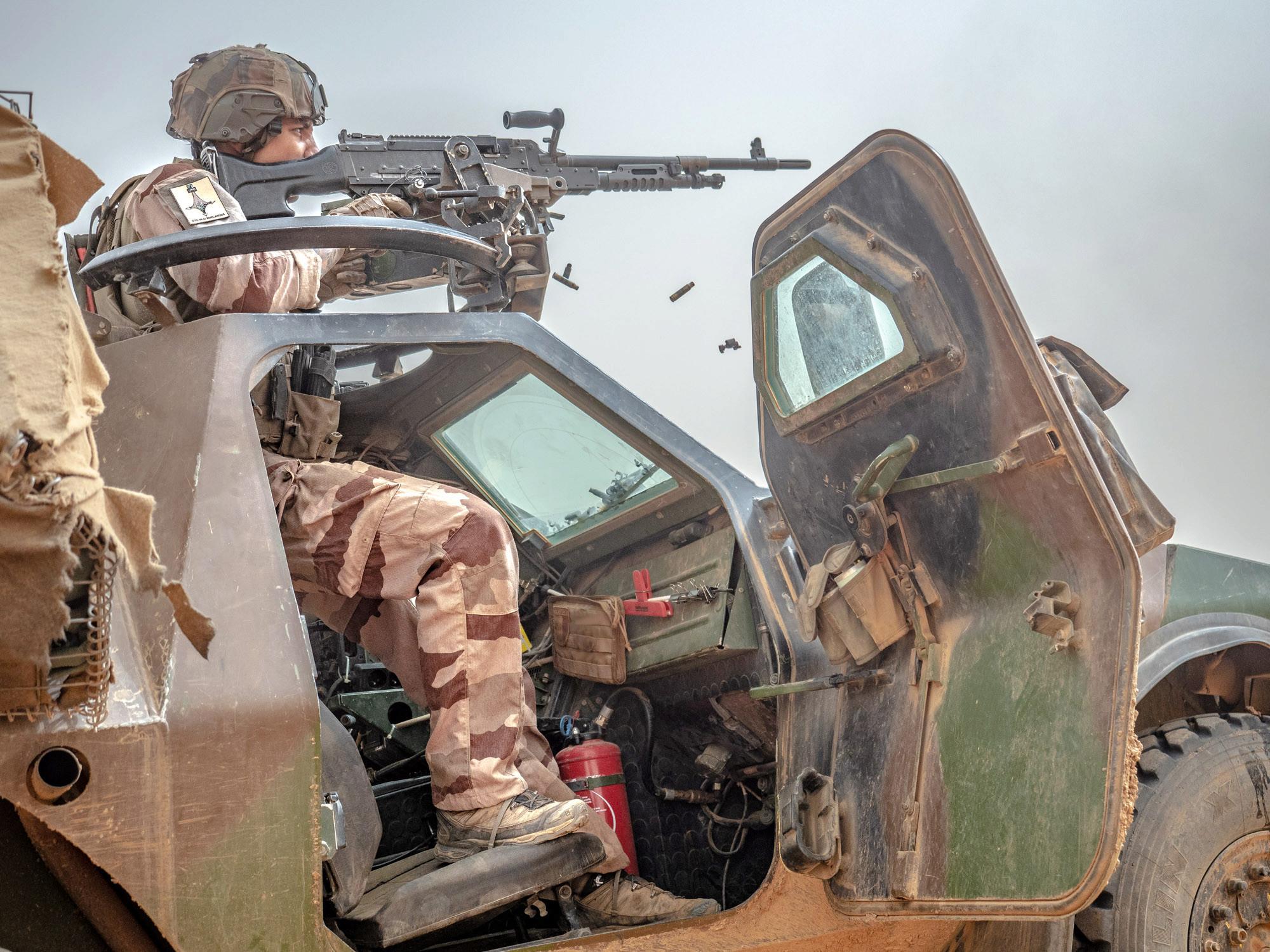 le Sahel zone de non-droit - Page 28 _12a032