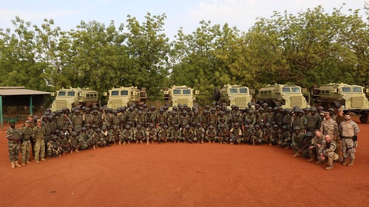 Armée Malienne / Armed and Security Forces of Mali - Page 15 _12a44