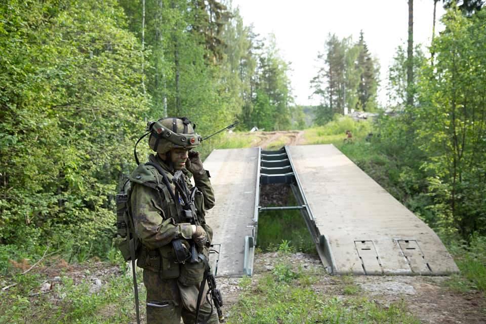 Armée Finlandaise / Finnish Defence Forces / puolustusvoimat - Page 10 _12a510