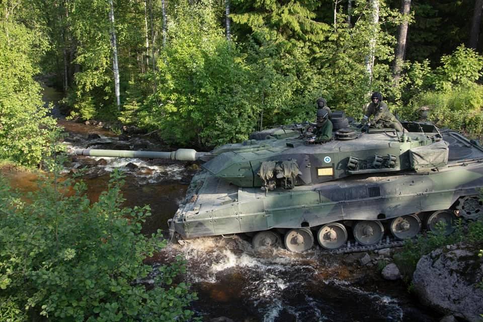 Armée Finlandaise / Finnish Defence Forces / puolustusvoimat - Page 10 _12a70