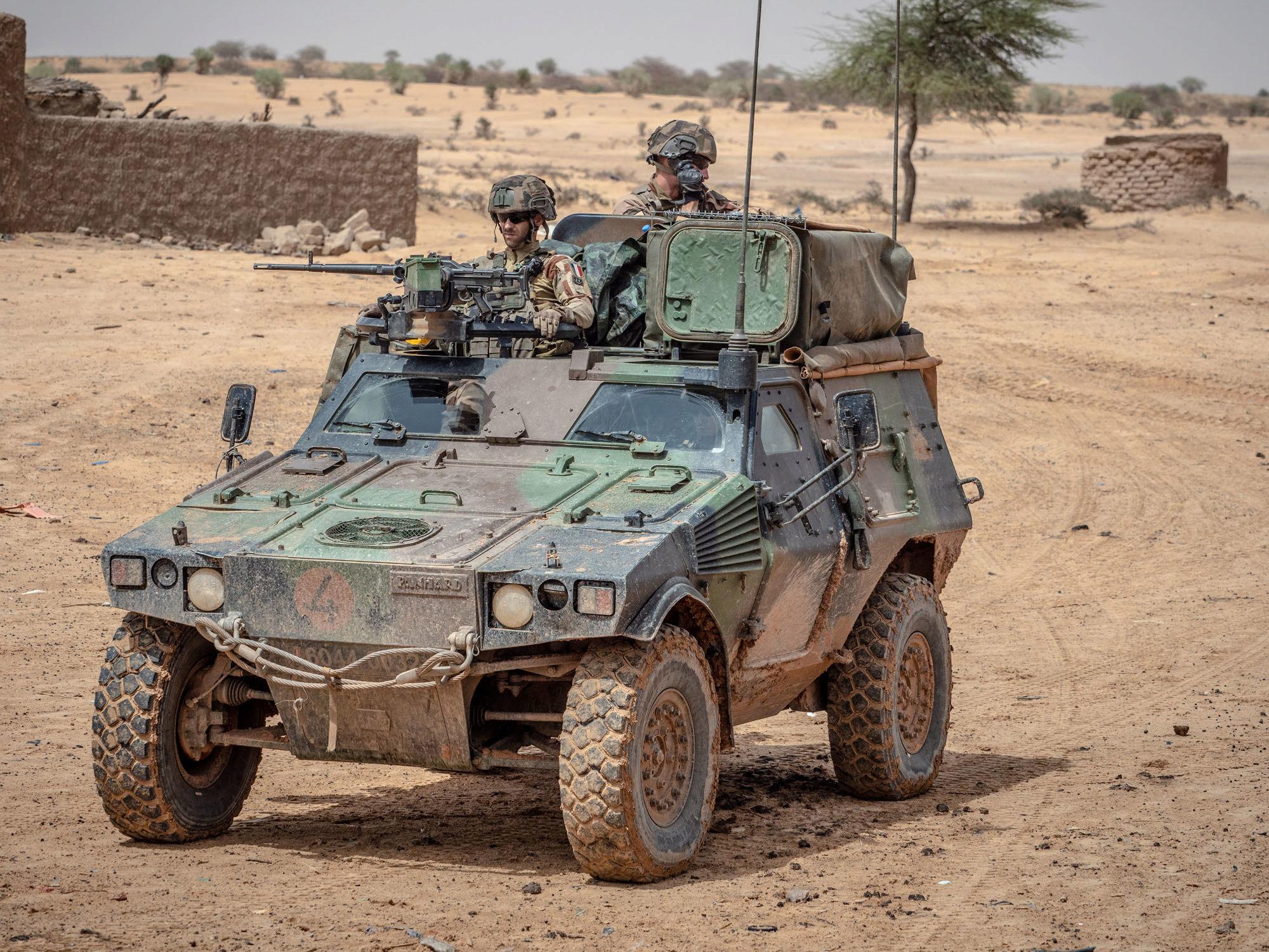 le Sahel zone de non-droit - Page 28 _12a94
