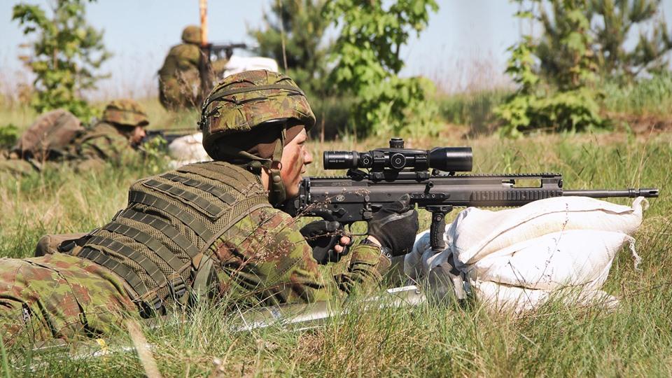 Armée lituanienne/Lithuanian Armed Forces - Page 6 _12b210