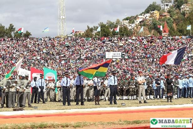 L'armée de Madagascar. - Page 3 _12b3a15
