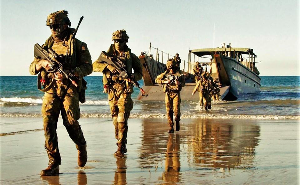 Armée Australienne/Australian Defence Force (ADF) - Page 5 _12b3a56
