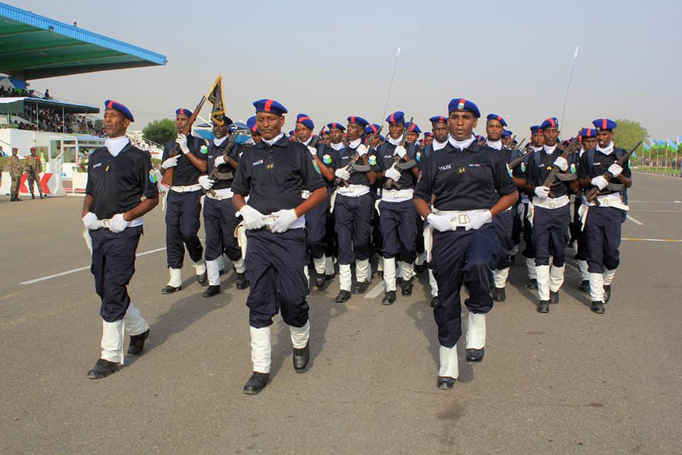 Armée djiboutienne / Djibouti National Army - Page 4 _12b415