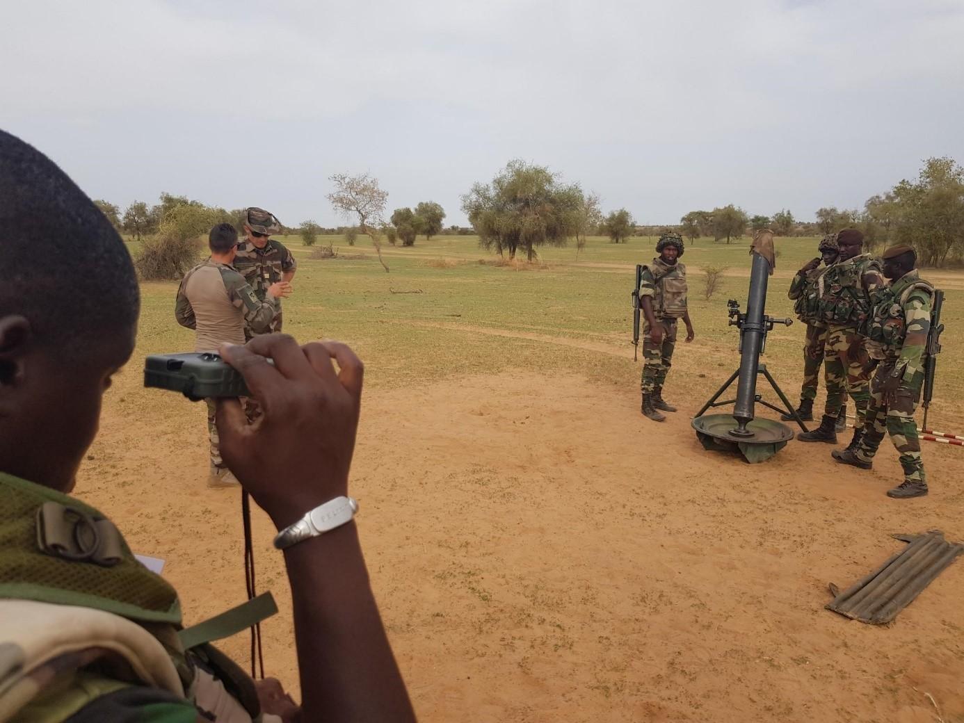 Armée Sénégalaise - Page 10 _12b486