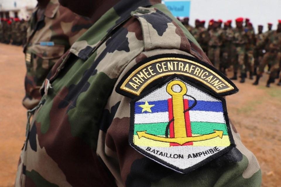 Armées de la République centrafricaine  - Page 9 _12b547