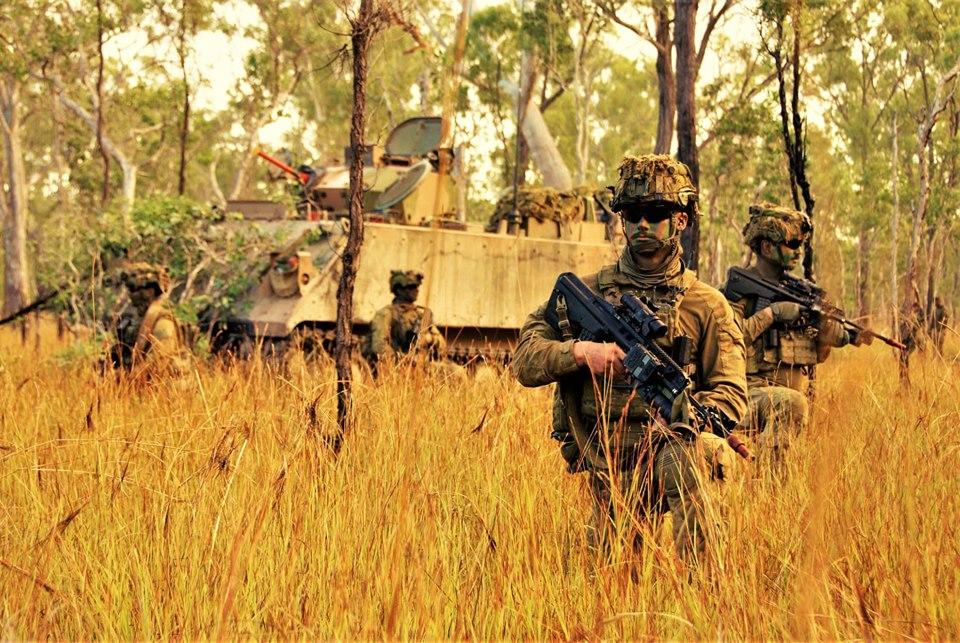 Armée Australienne/Australian Defence Force (ADF) - Page 5 _12b555