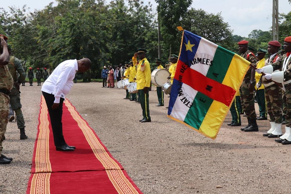 Armées de la République centrafricaine  - Page 9 _12b634