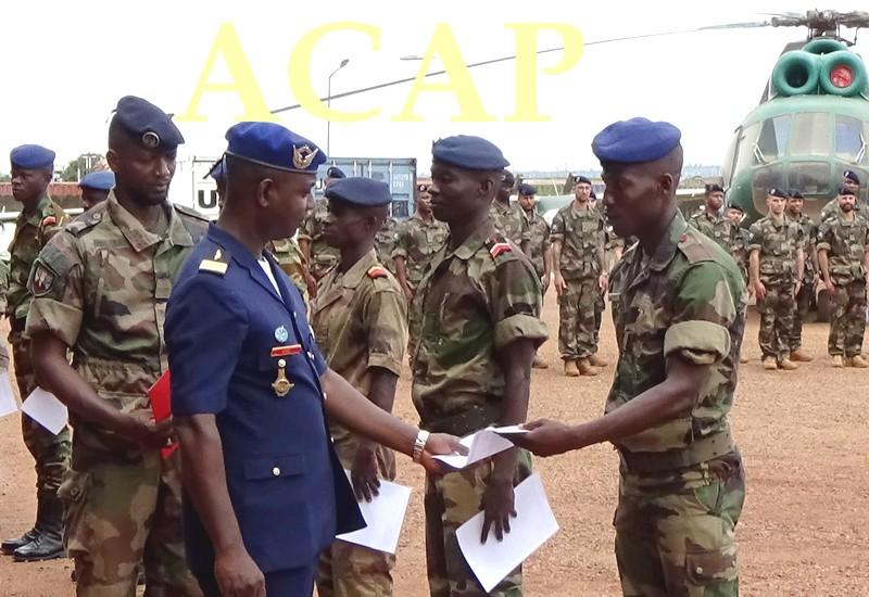Armées de la République centrafricaine  - Page 9 _12b643