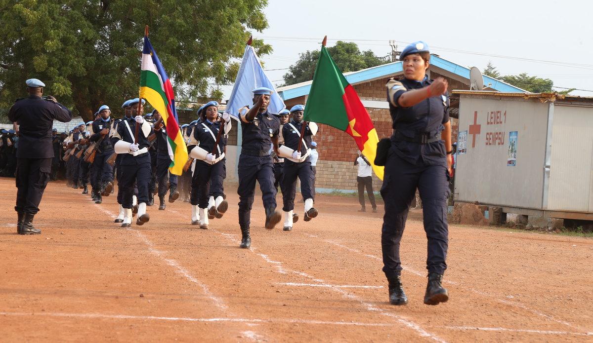 Intervention militaire en Centrafrique - Opération Sangaris - Page 2 _12b674