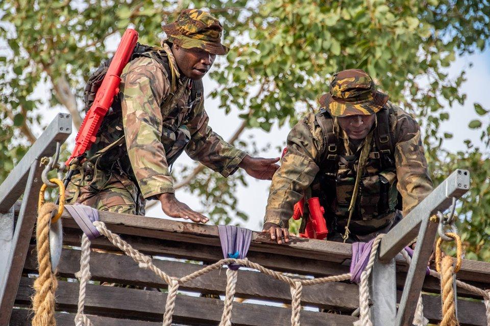Force de défense de Papouasie Nouvelle-Guinée  / Papua New Guinea Defence Force (PNGDF) _12b677