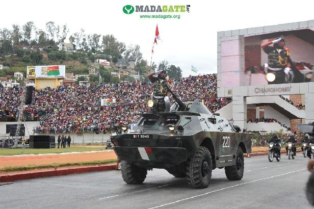 L'armée de Madagascar. - Page 3 _12b719