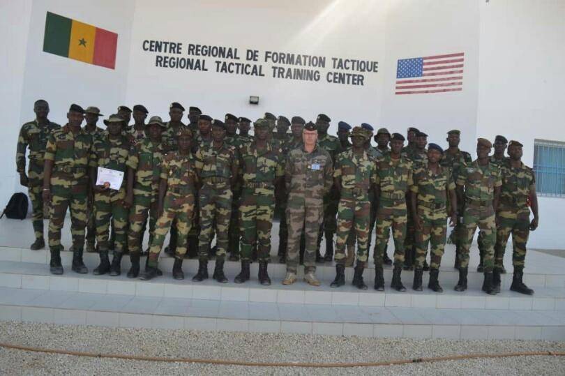 Armée Sénégalaise - Page 10 _12b729