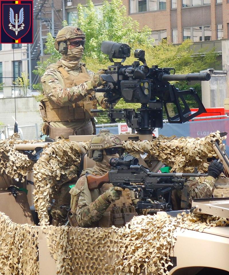 Armée Belge / Defensie van België / Belgian Army  - Page 21 _12b743
